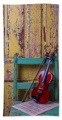 Violin On Worn Green Chair Bath Towel