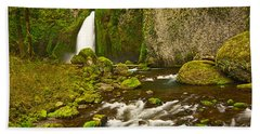 Wahclella Falls In The Columbia River Gorge In Oregon. Hand Towel