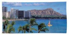 Waikiki Beach, Honolulu, Hawaii, Usa Bath Towel