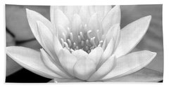 Water Lily In Black And White Bath Towel