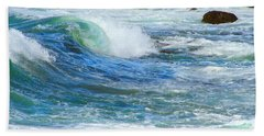 Hand Towel featuring the photograph Wave To Me by Mariarosa Rockefeller
