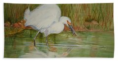 White Egret Wading  Bath Towel