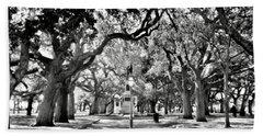 White Point Gardens At Battery Park Charleston Sc Black And White Bath Towel