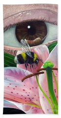 White Tailed Bumble Bee Upon Lily Flower Hand Towel