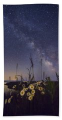 Wild Marguerites Under The Milky Way Bath Towel by Mircea Costina Photography