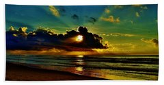 Hand Towel featuring the photograph Wildwood Sunrise by Ed Sweeney