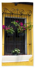 Window At Old Antigua Guatemala Bath Towel