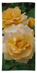 Hand Towel featuring the photograph Yellow Roses by Marilyn Wilson