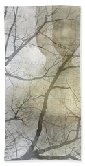 Hand Towel featuring the photograph Young Girl In The Mist by Suzanne Powers