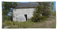 Bath Towel featuring the photograph Abandoned by Bonfire Photography