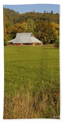 Bath Towel featuring the photograph Barn Near Murphy by Mick Anderson