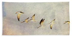 Black Skimmers On The Move Bath Towel