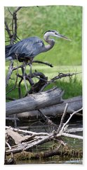 Blue Heron At The Lake Bath Towel