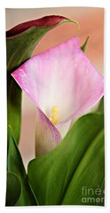 Calla Lily Bath Towel by Lana Trussell