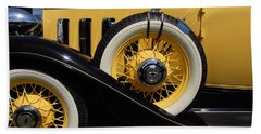 Hand Towel featuring the photograph Chevrolet 1932 by John Schneider
