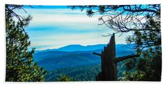 Hand Towel featuring the photograph Colorado View by Shannon Harrington