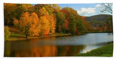 Fall In New York State Bath Towel by Mark Gilman