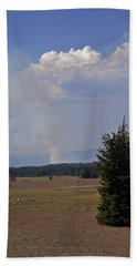 Bath Towel featuring the photograph Fire In The Cascades by Mick Anderson