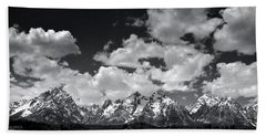 Grand Tetons Panorama In Monochrome Bath Towel