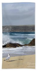 Hand Towel featuring the photograph Gull On The Sand by Linsey Williams