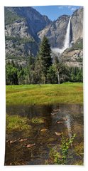 Bath Towel featuring the photograph Happy Campers by Lynn Bauer