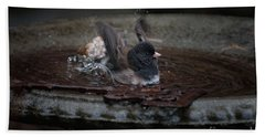 Bath Towel featuring the digital art Junco In The Birdbath by Carol Ailles