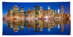 Hand Towel featuring the photograph Manhattan by Luciano Mortula