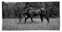 Bath Towel featuring the photograph Mare In Field by Davandra Cribbie