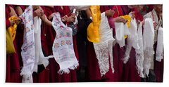 Hand Towel featuring the photograph Monks Wait For The Dalai Lama by Don Schwartz