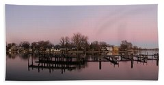 Hand Towel featuring the photograph Panoramic Menasha by Joel Witmeyer