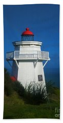 Hand Towel featuring the photograph Pouto Lighthouse With Rainbow New Zealand by Mark Dodd