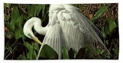 Preening Egret Hand Towel