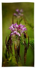Hand Towel featuring the photograph Purple Pizzazz by Vicki Pelham