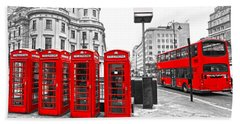 Hand Towel featuring the photograph Red London by Luciano Mortula