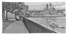 Bath Towel featuring the photograph Seagull At The Naval And Military Park by Michael Frank Jr