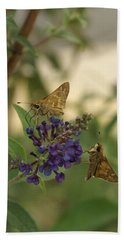 Hand Towel featuring the photograph Skipper by Heidi Poulin