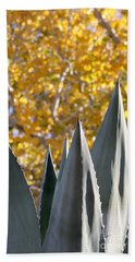 Spikes And Leaves Hand Towel