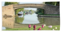 Hand Towel featuring the photograph Spring On The Oxford Canal by Linsey Williams