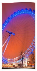 Hand Towel featuring the photograph The London Eye by Luciano Mortula