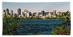 Bath Towel featuring the photograph Ville De Montreal by Juergen Weiss