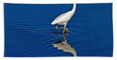 Walking Egret Bath Towel