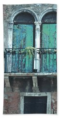 Weathered Venice Porch Bath Towel by Tom Wurl
