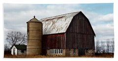 Wisconsin Dairy Barn Bath Towel