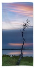 Bath Towel featuring the photograph A Tree  by Bruno Rosa
