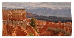 Hand Towel featuring the photograph Agua Canyon by Frank Madia