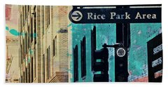Bath Towel featuring the photograph Central District by Susan Stone