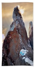Hand Towel featuring the photograph Cerro Torre by Bernardo Galmarini