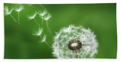 Hand Towel featuring the photograph Dandelion by Bess Hamiti
