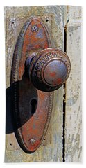 Hand Towel featuring the photograph Door Knob by Christopher McKenzie