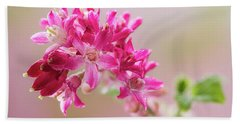 Flowering Currant Hand Towel